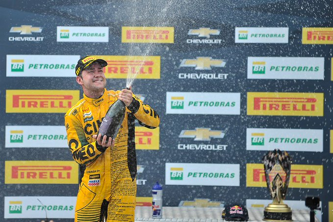 Stock: Fraga e Barrichello vencem no Velopark
