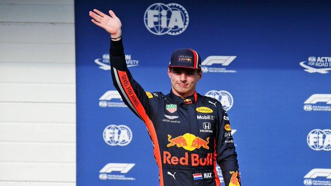 GP do Brasil: Verstappen fica com a pole